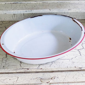 """White Enamelware Pan with Red Trim, 17 1/4"""" Oval Long Enamelware Chippy and Rusty"""
