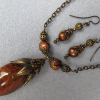 Dragons Vein Pod Necklace with Antique Brass, Caramel Gold Pearls and Vintaj Chain, Hand Made