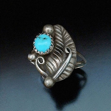 OLD PAWN Vintage Native American Turquoise Ring NAVAJO Sterling Silver Feather Motif Size 5.25 c.1950's