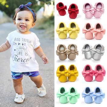 Leather Baby Moccasins with Bows. Baby First Walker Shoes