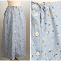Blue Skies & Daisies Skirt. Size Small.