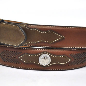 Nocona Men's Western Round Concho Lacing Leather Belt Brown