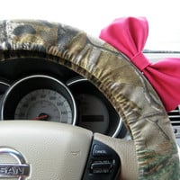Mossy Oak Camouflage Steering Wheel Cover with Matching Bright Brink Pink Bow