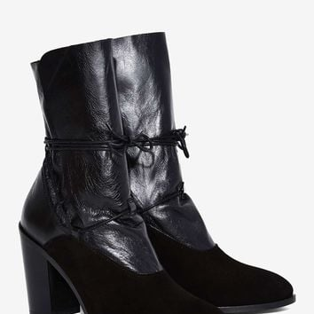 Intentionally Blank Pepper Leather Boot - Black