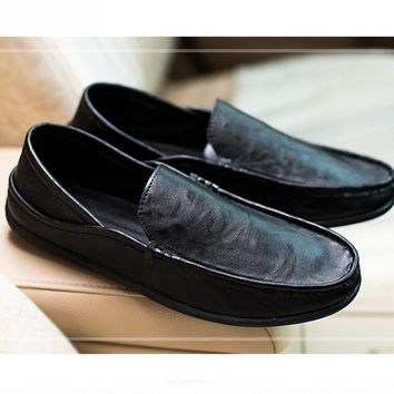 New fashion High Quality  men 's home casual shoes leather shoes 4 Colors to Choose