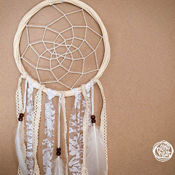 Dream Catcher - Beautiful Nature - With Pure White Feathers and Laces - Boho Home Decoration, Nursery Mobile