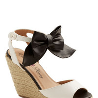 ModCloth Darling Va Va Vogue Wedge