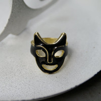 Vintage Mask Ring Black Enameled Goldtone