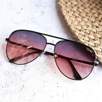 quay x desi perkins - sahara aviator sunglasses - black/purple fade