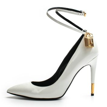 ca spbest Tom Ford Chalk Patent Ankle-Lock Pump Sz 39
