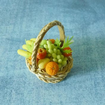 Tiny Banana orange apple Miniature fruit basket Dollhouse fruit Dollhouse miniatures/ tiny fruit/ polymer clay miniatures