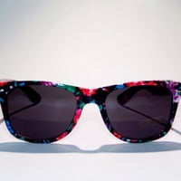FREE SHIP usa! Floral Print Sunglasses / Summer Sunglasses / Flower Print uv 400 protection / Wayfarer style / surf style