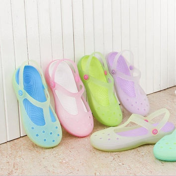 2015  New Women's Garden Shoes Beach Shoes Breathable Hole Shoes = 1705756420