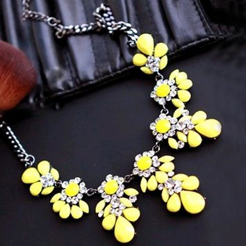 2015 New High quality  fashion gift gold necklace chain Shourouk Vintage Rhinestone Bib necklaces women statement jewelry