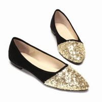 Sweet Stylish Casual Women's Falt Shoes With Splicing Point Head and Sequins Design