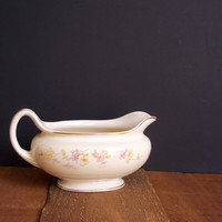 Vintage Homer Laughlin Eggshell Nautilus Gravy Boat Housewares Floral Shabby Serving Entertaining