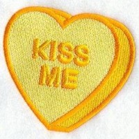 ICIKGQ8 embroidered patch valentine conversation heart kiss me sew or glue on 3x3