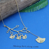 Sweet Grandmother Bird Necklace -Gold Mother day Necklace- Mommy Mama Bird and Babies, Mother Gift ideas, Best friend, Anniversary Wife