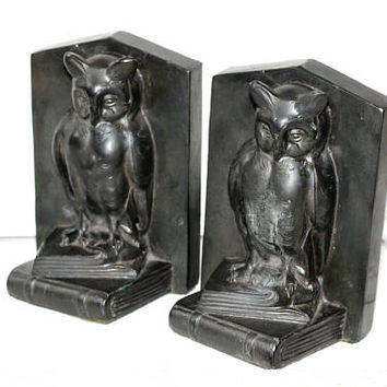 Owl Bookends Pair Metal Black | Owl Sitting on Books Vintage Bookends | Owl Collectible | Goth Bookends OLD Heavy