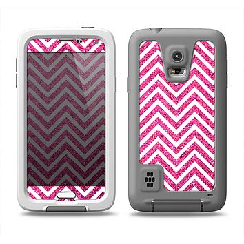 The Pink & White Sharp Glitter Print Chevron Samsung Galaxy S5 LifeProof Fre Case Skin Set
