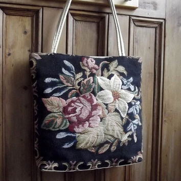 womens shoulder tapestry floral bag tote  purse  carpet vintage shopping black flowers  accessories english uk cottage chic