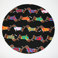 mousepad / Round Mouse Pad / Mat -  Mini Dachshunds