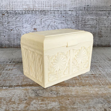 Recipe Box Vintage Resin Recipe Box with Recipe Cards Carved Floral Design Mid Century Recipe Box Vintage Photo Box Vintage Storage Box