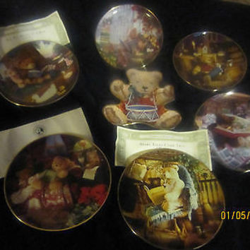 """FRANKLIN MINT LIMITED EDITION BEAR PLATE COLLECTION"""