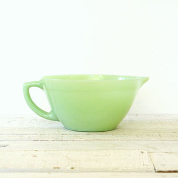 Fire King Jadeite Batter Bowl // Colonial Rim
