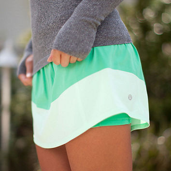run: breeze by skirt | women's skirts | lululemon athletica