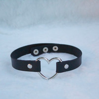 Heart Choker / Necklace -  Black choker  (Pastel Goth, Kitten Play, Alternative)