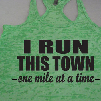I Run This Town Womens Running Tank Top. Motivational Workout. Running Shirt. Workout Tank Top. Marathon. 5K. 10K. Half Marathon. Athletic