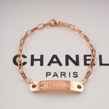 8DESS CHANEL Women Fashion Chain Plated Bracelet