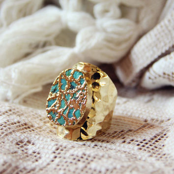 Tangled Turquoise Ring in Gold