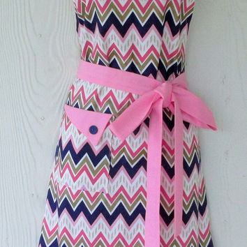 Chevron Apron , Vintage Style Apron , Women's Retro Full Apron , Pink and Blue , KitschNStyle