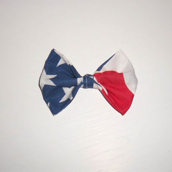 American Flag Bow by ShortsNBowsNSuch on Etsy