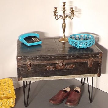 Coffee Table Trunk Hairpin Cabinet Storage Case Rustic Metal Man Cave Travel Foot Locker Foot of Bed Bench Linen Book Cabinet Mid Century
