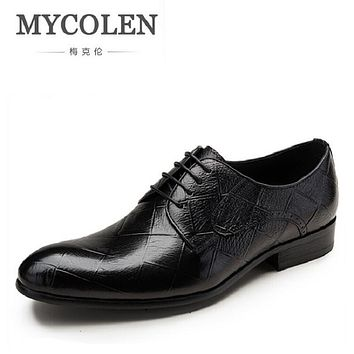 MYCOLEN Men Shoes 2017 New Embossed Leather Oxford Shoes Fashion Gentleman Genuine Leather Wedding Dress Business Brand Men Shoe