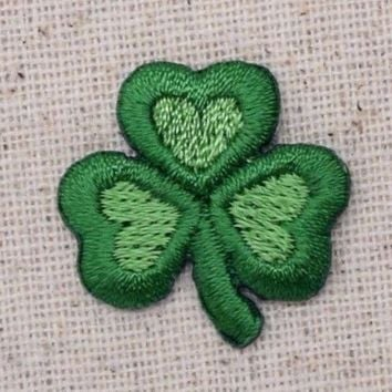 Small Irish/Heart/Shamrock/St Patricks Day - Iron on Applique/Embroidered Patch