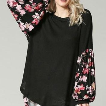 EMMA Floral Puff Sleeve Top in Black