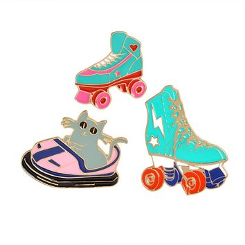 Cartoon Roller skates Cat Kitten Bumper car Brooch Metal Green Enamel Pin Buckle Jacket Bag Shirt Pin Badge Jewelry for kid girl