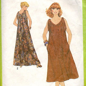 70s Retro Boho Hippie Style Tent Dress Simplicity 8889 Sewing Pattern Sleeveless Maxi Midi Plus Size Bust 40