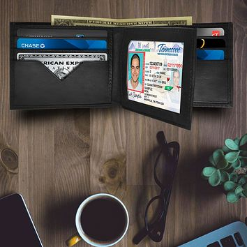 AFONiE - Roomy and Practical Leather Bifold Wallet