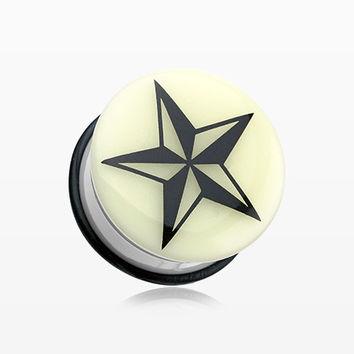 A Pair of Glow in the Dark Nautical Star Single Flared Ear Gauge Plug