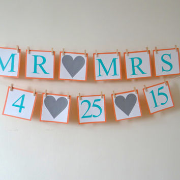 Mr & Mrs Banner - Save The Date - Bridal Shower - Wedding Banners - Photo Prop - Mr and Mrs Sign - Garland