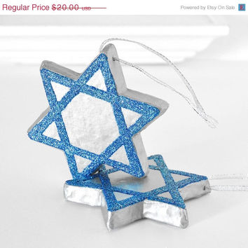 Hanukkah /Chanukah Decoration Star of David Ornaments in Blue Glitter and Metallic Silver Holiday Home Decor Winter Entertaining Tablescapes