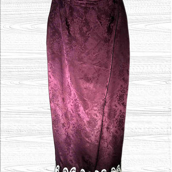 Vtg. Jessica McClintock Long Burgundy / Maroon / Wine 100% Silk Skirt with ornate ivory lace trim, retro elegant Victorian evening wear