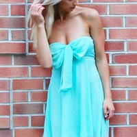 Wrap It Up Dress – Mint Chiffon Strapless Dress with Bow Top Detail