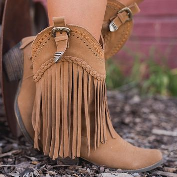Hometown Suede Fringe Boots (Tan)