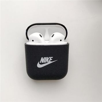 NIKE iPhone Airpods Case